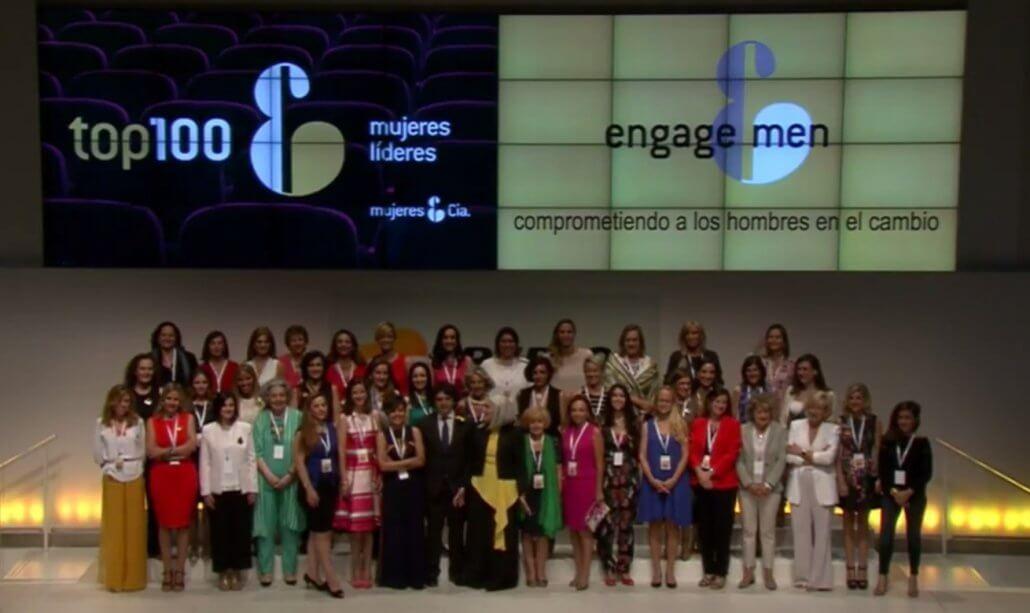 Foto de familia Top100 mujeres líderes 2017